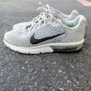 Nike Air Max sequent 2 size 5y